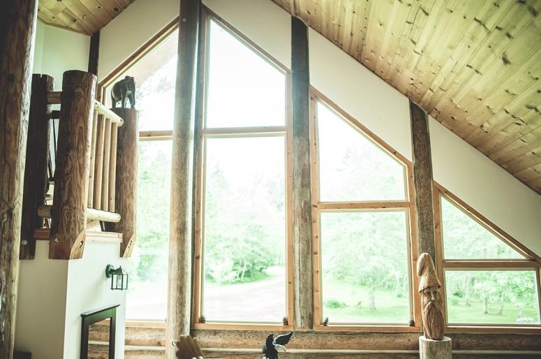 Cabin-style-wedding-with-natural-light-DSC_7964