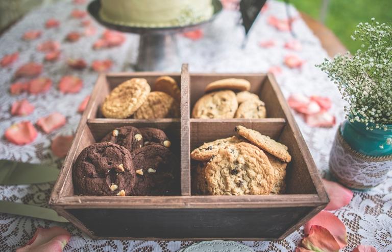 chocochip cookies for wedding snacks photo by Jane SpeleersDSC_8338
