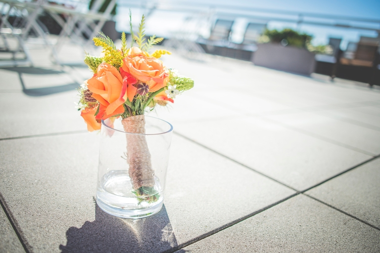an amazing sunny day made of their wedding a memorable one specially since it was hosted in Seattle