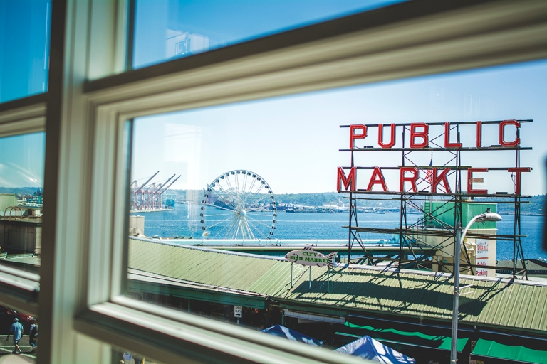 pike place sign D+T