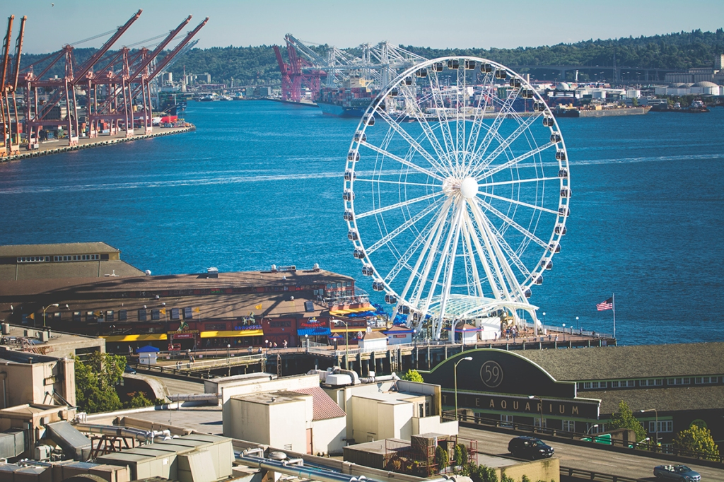 Seattle wheel by Jane Speleers photography