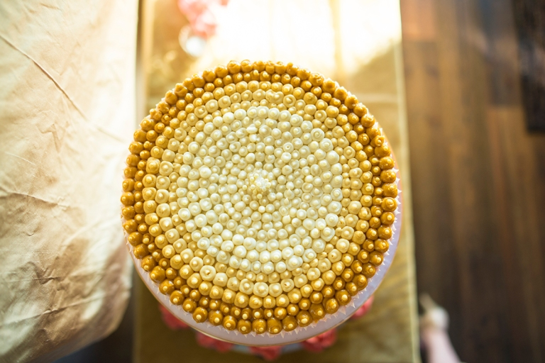 yellow frosting  cake by Jane Speleers photography Seattle at D+T's wedding
