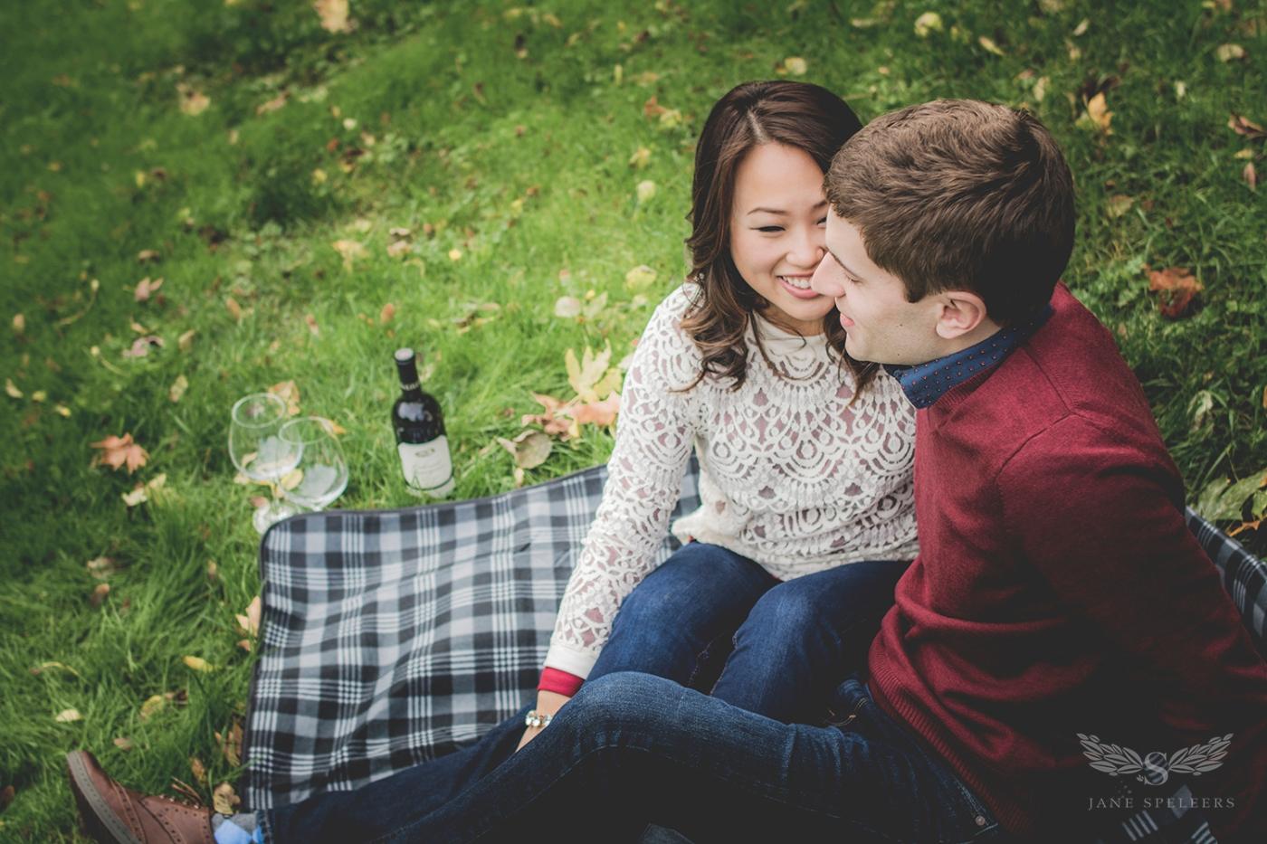 Engagement-UW-Lawcampus_Rebecca_and_Evan DSC_5357