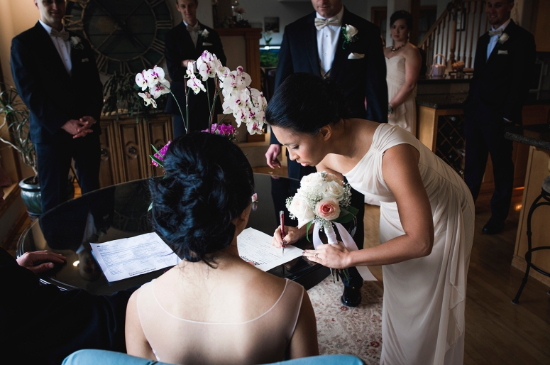 Jane_S_photography_Seattle_Wedding_at_Wild_Rose_estate_2016_Julienne_and_Brian_Signing_ DSC_9997