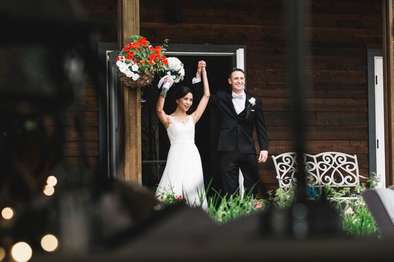 Jane_Speleers_2016_arriving to reception _Wedding_Wild_Rose_Estates_Venue_JS7_7843