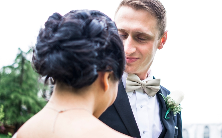 Jane_Speleers_2016_arriving to reception _Wedding_Wild_Rose_Estates_VenueDSC_9823