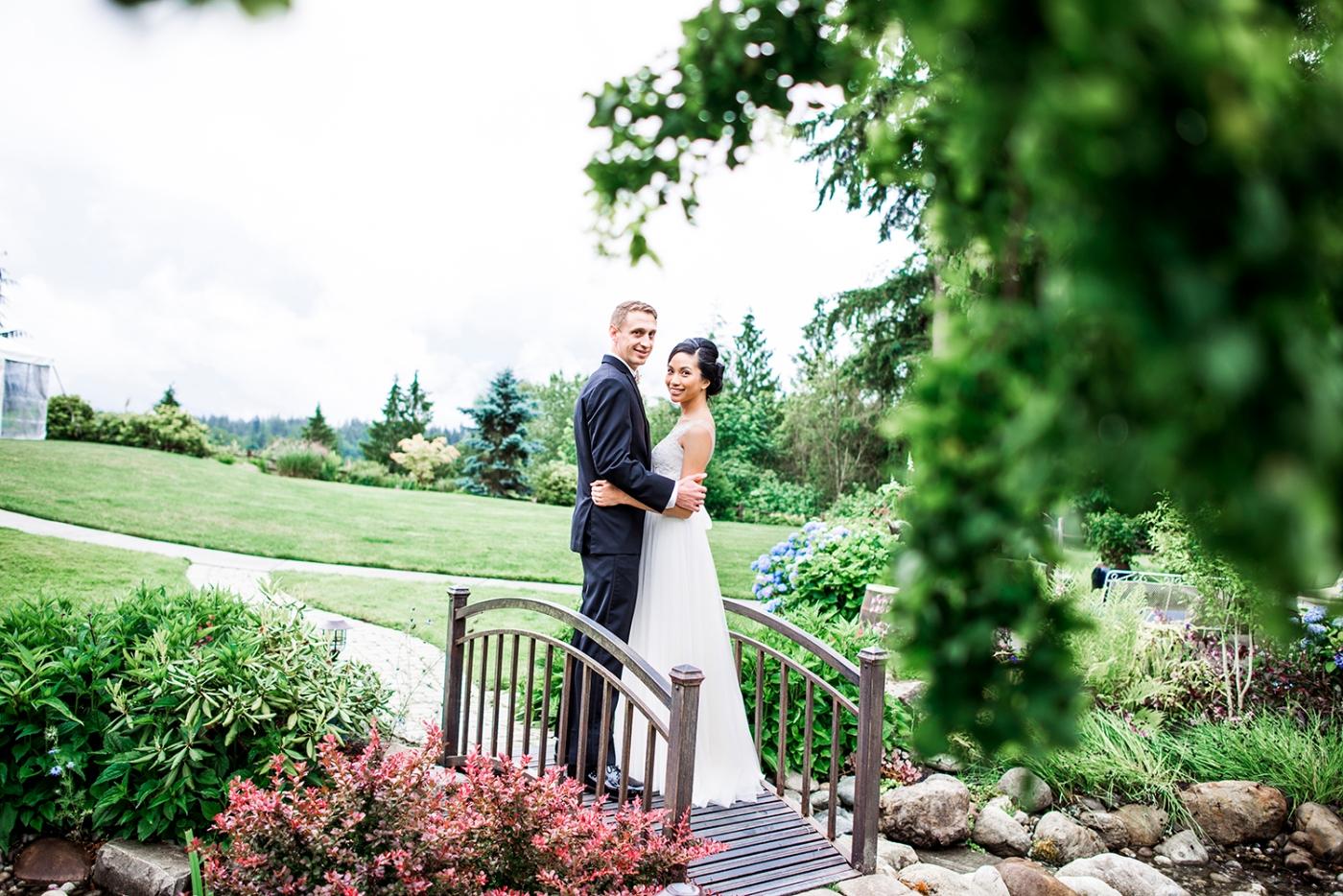 Jane_Speleers_2016_arriving to reception _Wedding_Wild_Rose_Estates_VenueDSC_9836