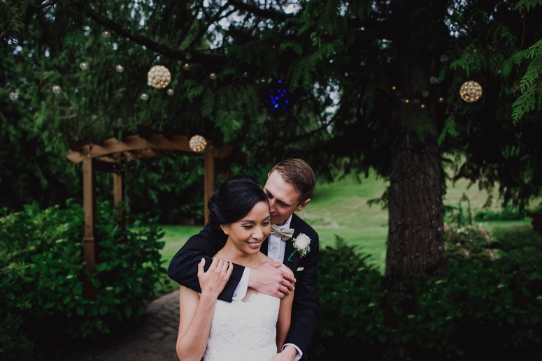 Jane_Speleers_2016_arriving to reception _Wedding_Wild_Rose_Estates_VenueDSC_9856