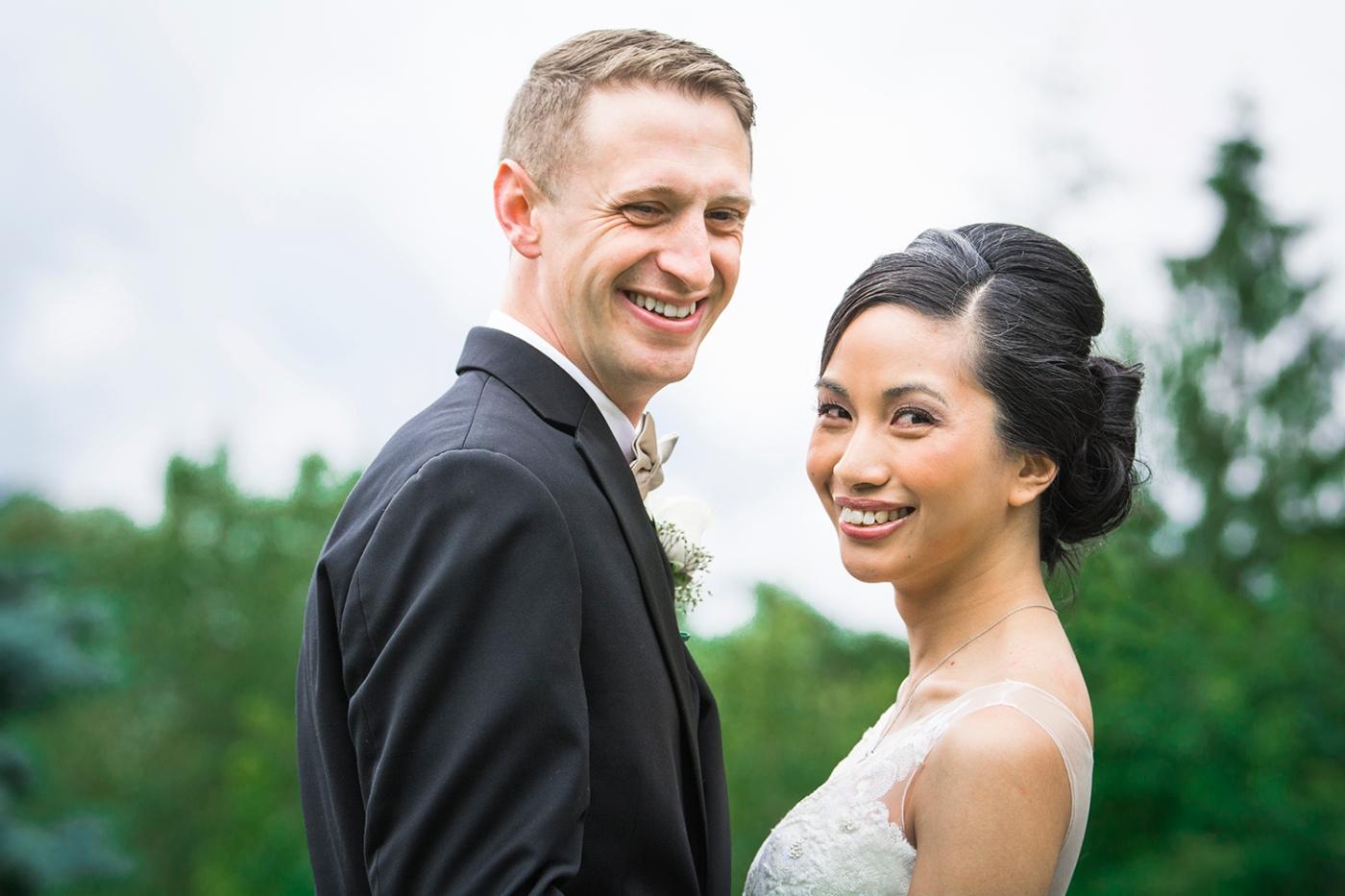 Jane_Speleers_2016_arriving to reception _Wedding_Wild_Rose_Estates_VenueJS7_7625