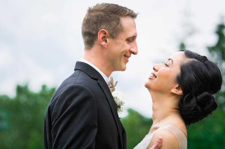Jane_Speleers_2016_arriving to reception _Wedding_Wild_Rose_Estates_VenueJS7_7627