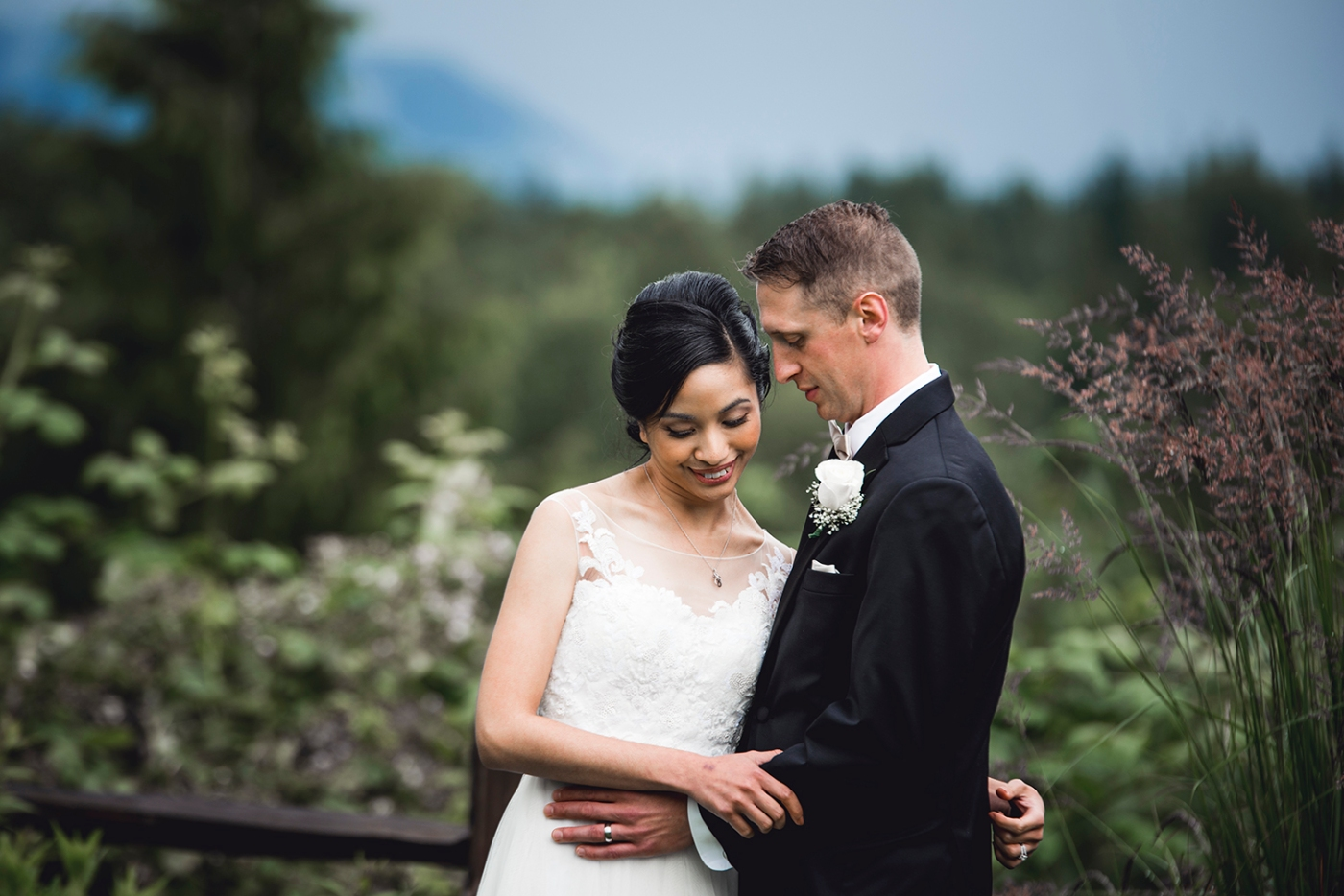 Jane_Speleers_photography_Seattle_Wedding_at_Wild_Rose_estate_2016_Julienne_and_Brian_bride_groom_ DSC_0383