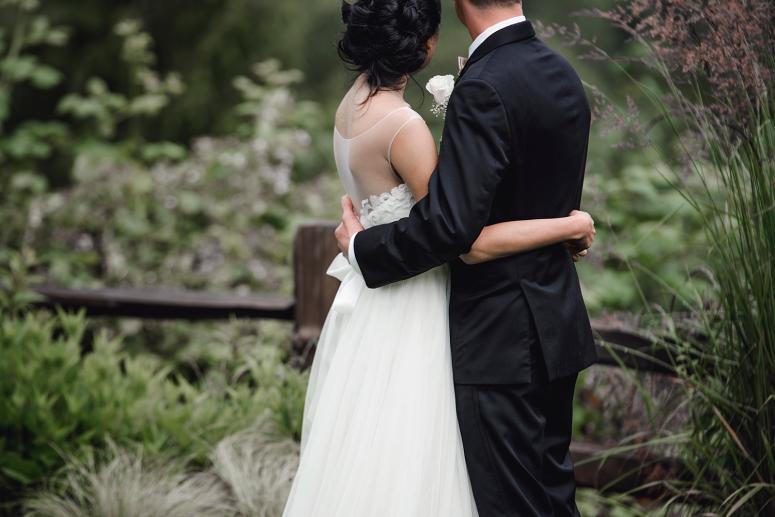 Jane_Speleers_photography_Seattle_Wedding_at_Wild_Rose_estate_2016_Julienne_and_Brian_bride_groom_ DSC_0386