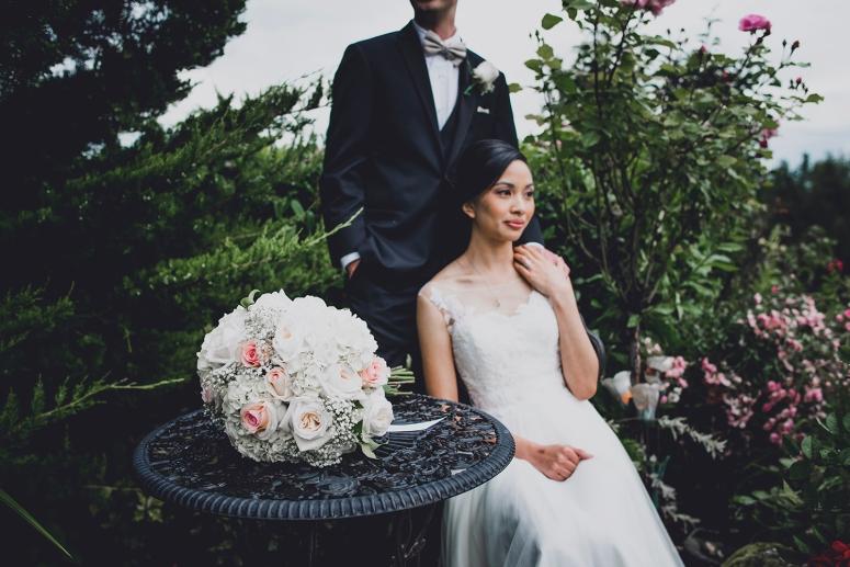 Jane_Speleers_photography_Seattle_Wedding_at_Wild_Rose_estate_2016_Julienne_and_Brian_bride_groom_ DSC_0406