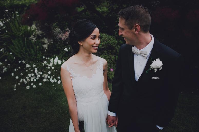 Jane_Speleers_photography_Seattle_Wedding_at_Wild_Rose_estate_2016_Julienne_and_Brian_bride_groom_ DSC_0441