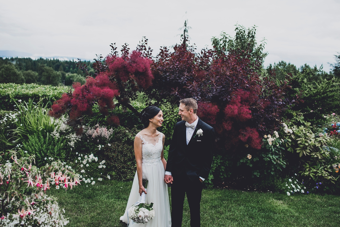 Jane_Speleers_photography_Seattle_Wedding_at_Wild_Rose_estate_2016_Julienne_and_Brian_bride_groom_ DSC_0448