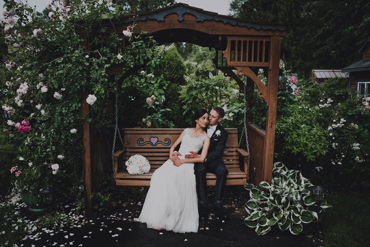 Jane_Speleers_photography_Seattle_Wedding_at_Wild_Rose_estate_2016_Julienne_and_Brian_bride_groom_ DSC_0466