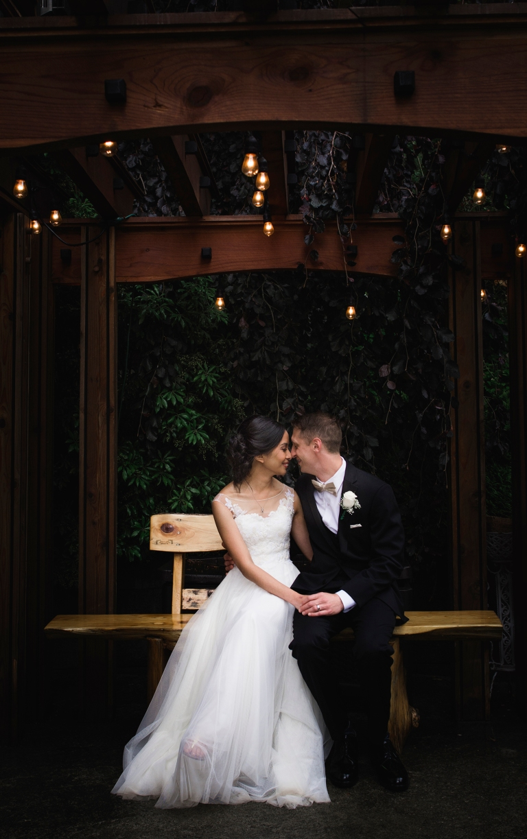 Jane_Speleers_photography_Seattle_Wedding_at_Wild_Rose_estate_2016_Julienne_and_Brian_bride_groom_ Jane_Speleers_photography_Seattle_Wedding_at_Wild_Rose_estate_2016_Julienne_and_Brian_bride_groom_ JS7_8162