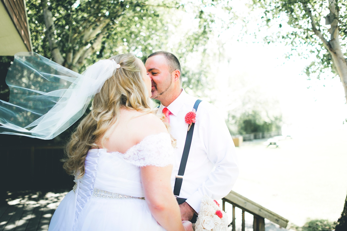 Jane_S_photography_Kadie_and_Steve_2016_Des_Moines_Marina_WeddingDSC_1518