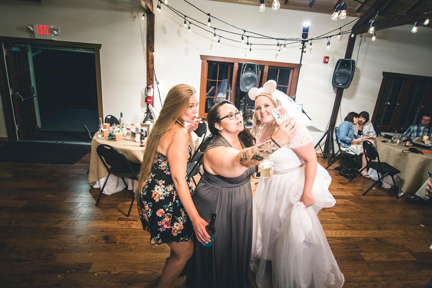 Jane_S_Seattle_photography_Kadie_and_Steve_2016_Des_Moines_Marina_Wedding_DSC_1344DSC_2778