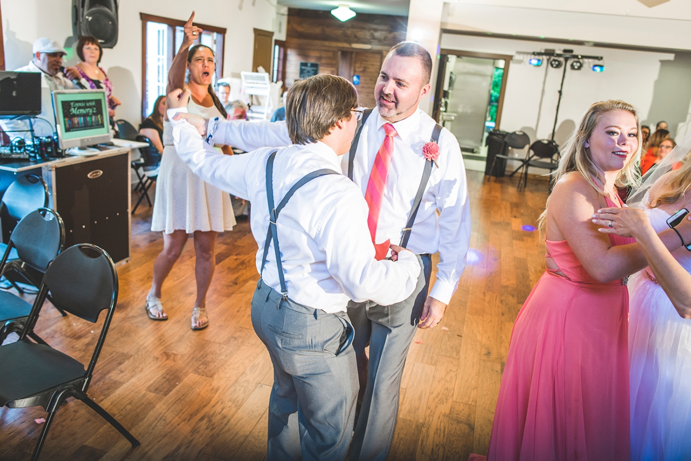 Jane_S_Seattle_photography_Kadie_and_Steve_2016_Des_Moines_Marina_Wedding_DSC_2177