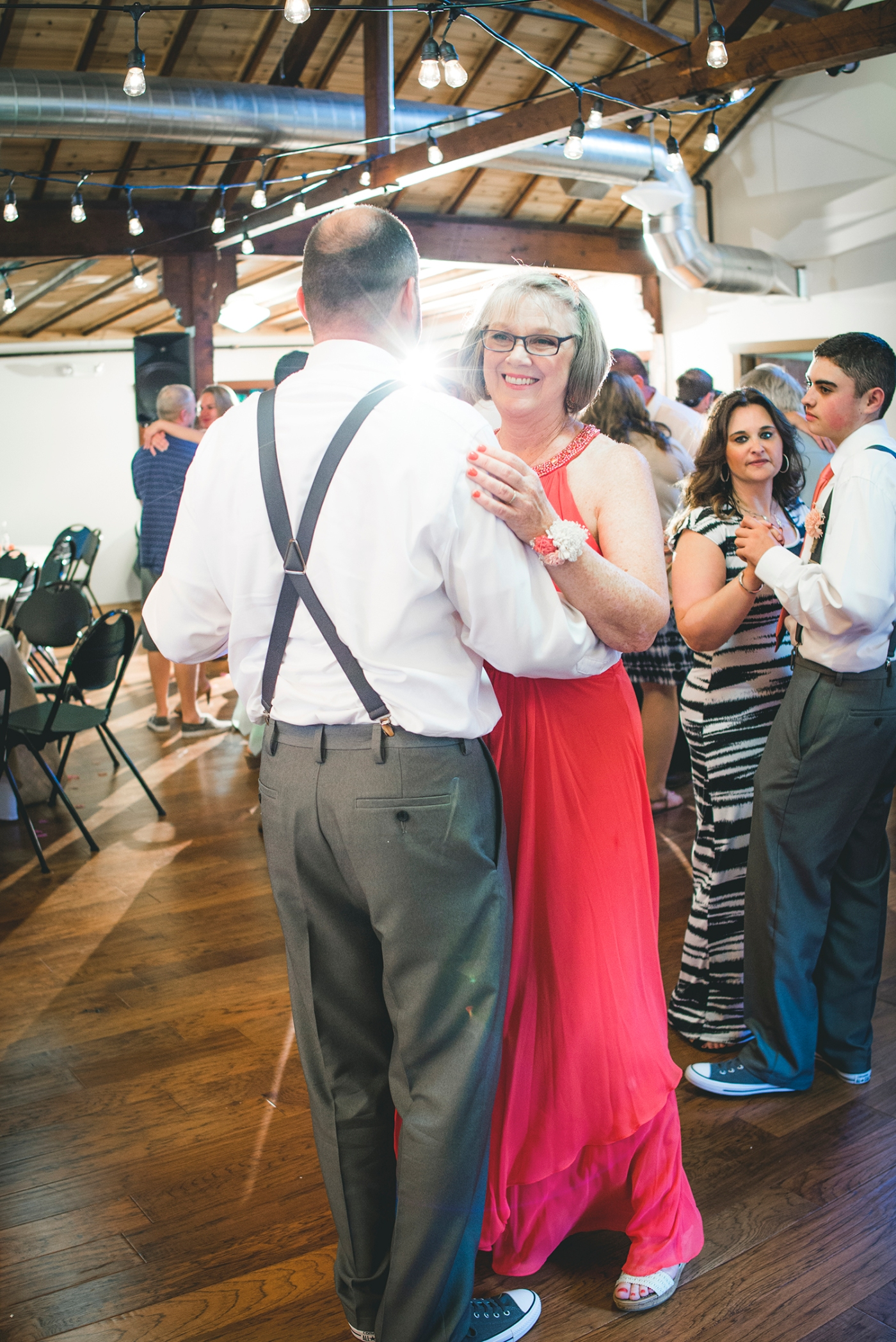 Jane_Speleers_Seattle_photography_Katie_and_Steve_2016_Des_Moines_Marina_Wedding_DSC_2330