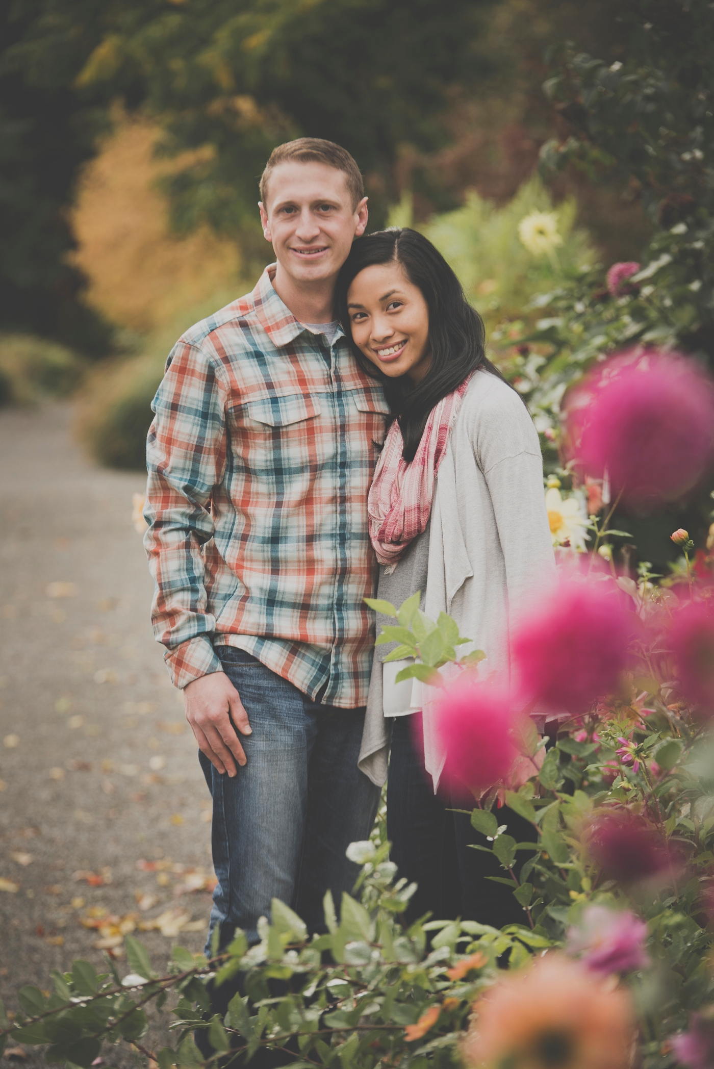 jane-speleers-photography-ju-bri-holiday-october-bellevue-botanical-garden-engagement-2016_dsc_5640