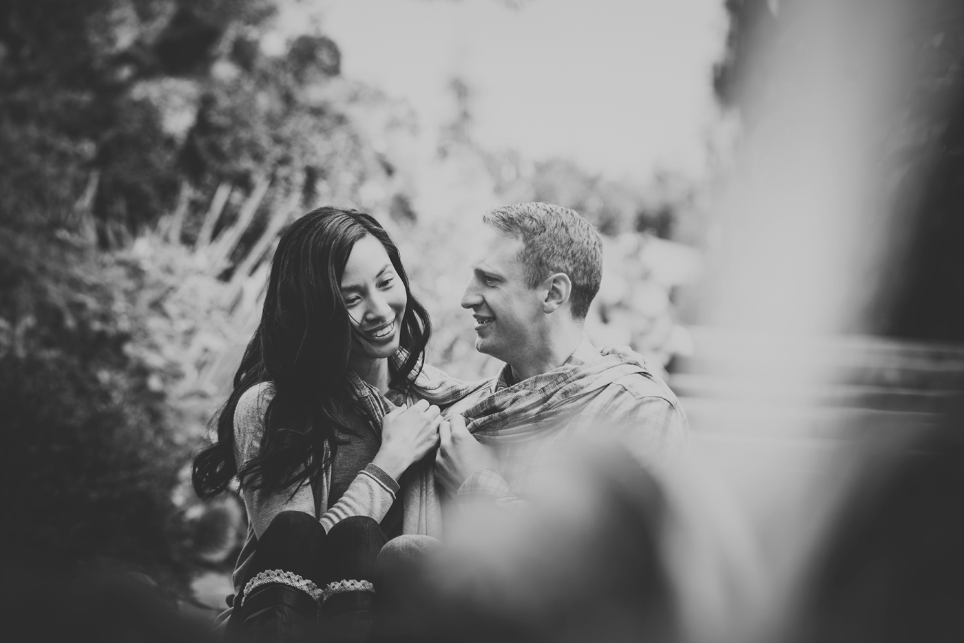 jane-speleers-photography-ju-bri-holiday-october-bellevue-botanical-garden-engagement-2016_dsc_5656