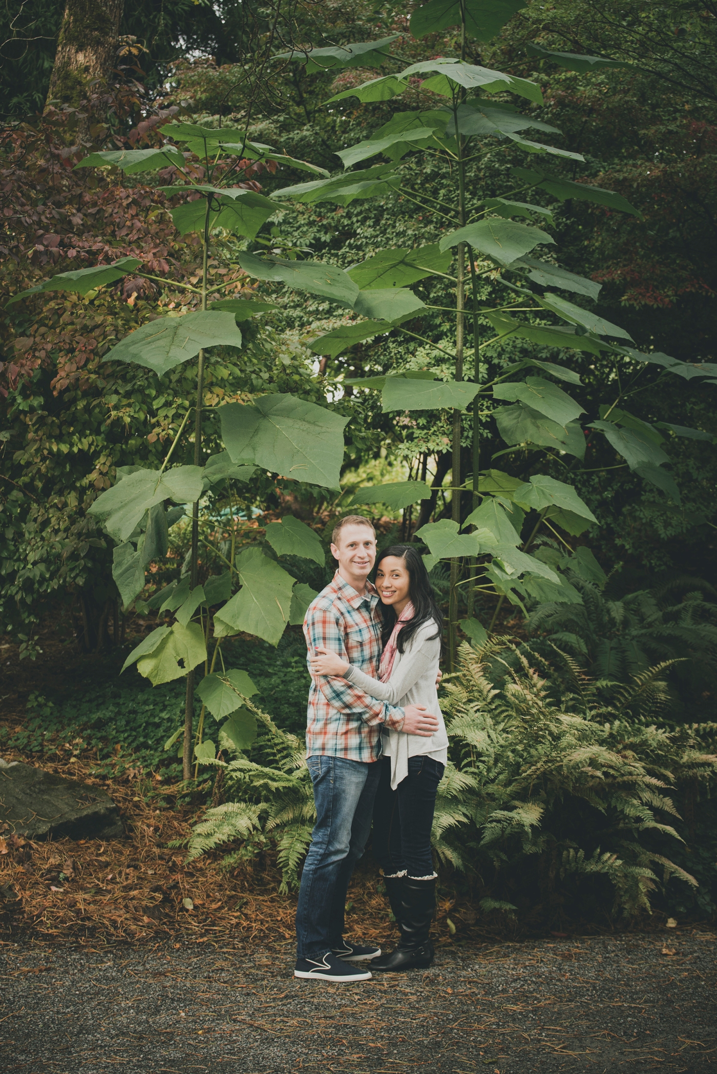 jane-speleers-photography-ju-bri-holiday-october-bellevue-botanical-garden-engagement-2016_dsc_5666