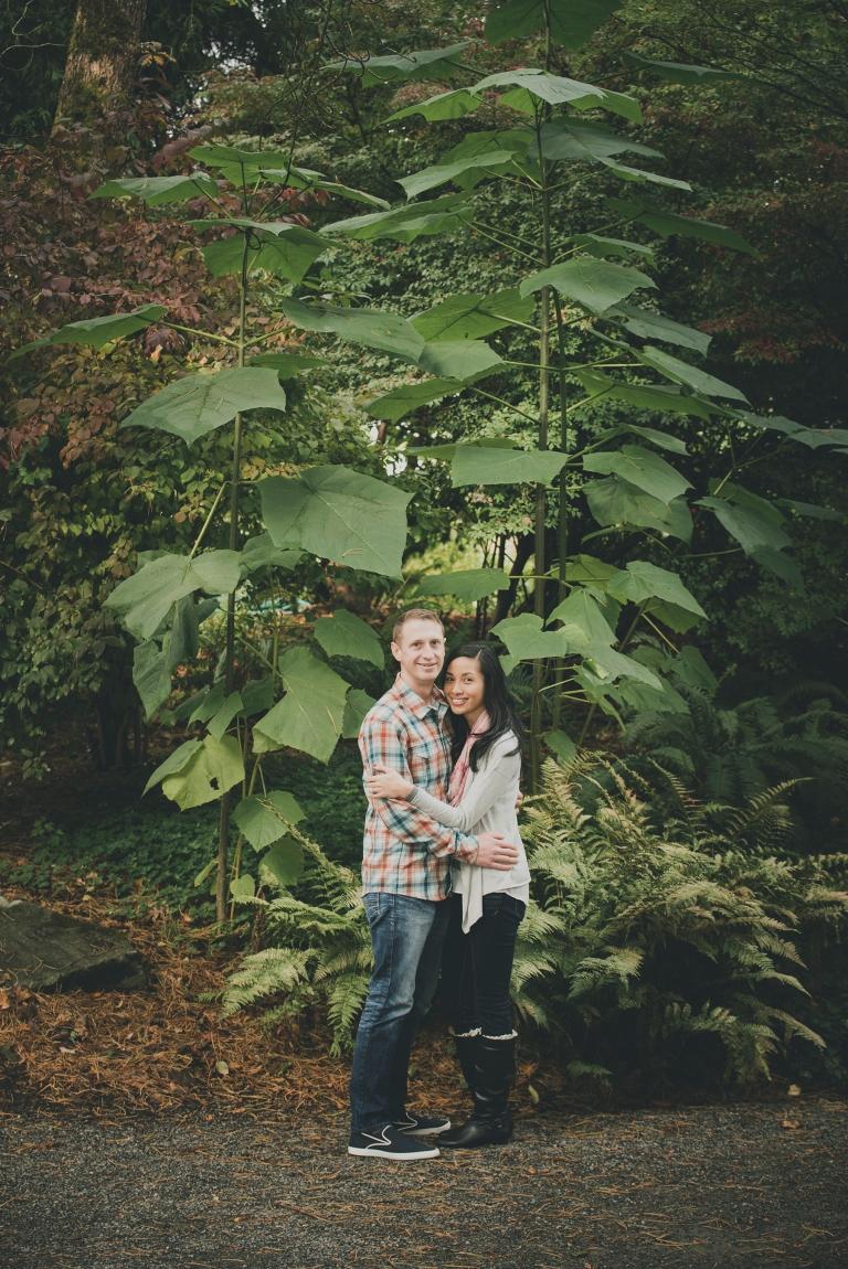 jane-speleers-photography-ju-bri-holiday-october-bellevue-botanical-garden-engagement-2016_dsc_5666