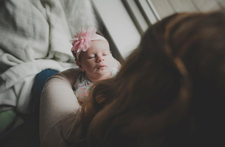 janes_photography_2016_renton_newborn_session_violetr8276