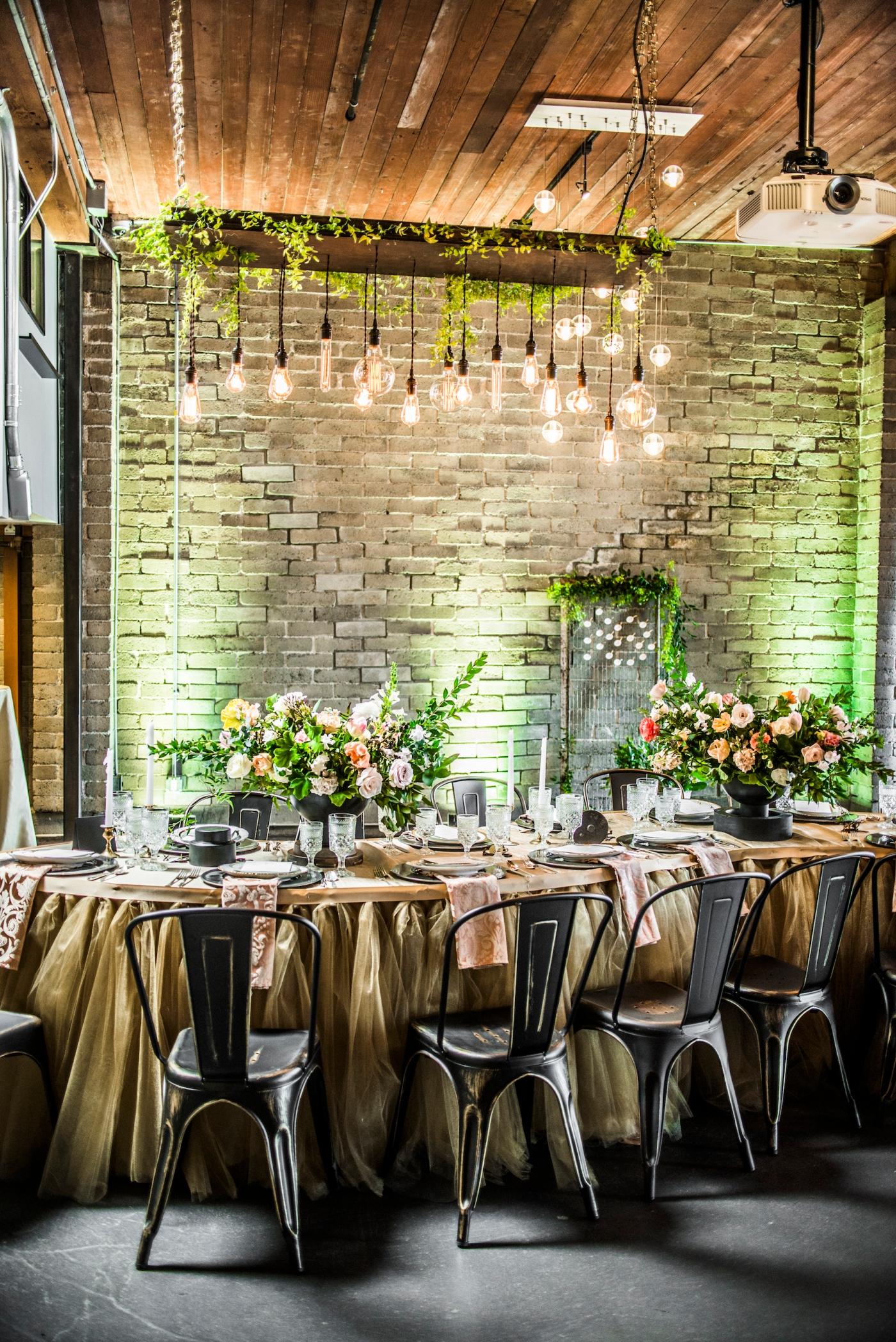 photography_by_jane_speleers_2017_wedding_show_i_do_sodo_within_designed_by_melody_davisdsc_0314