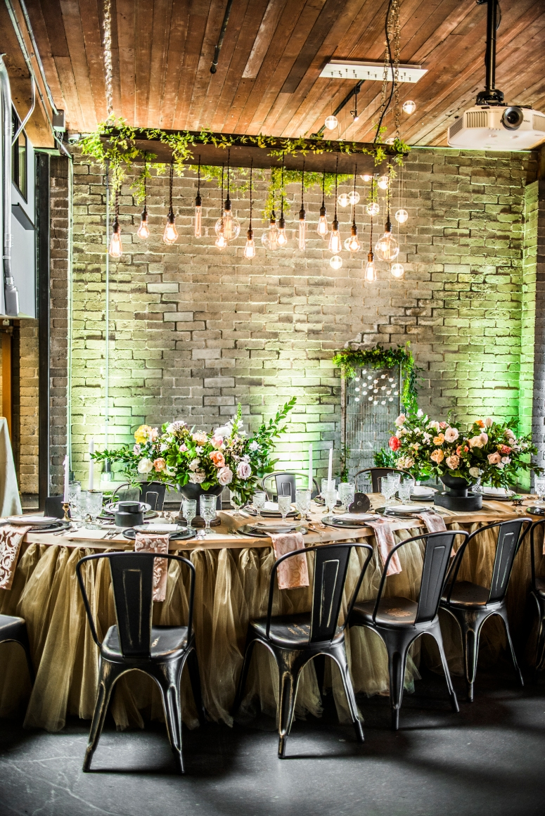 photography_by_jane_speleers_2017_wedding_show_i_do_sodo_within_designed_by_melody_davisdsc_0314