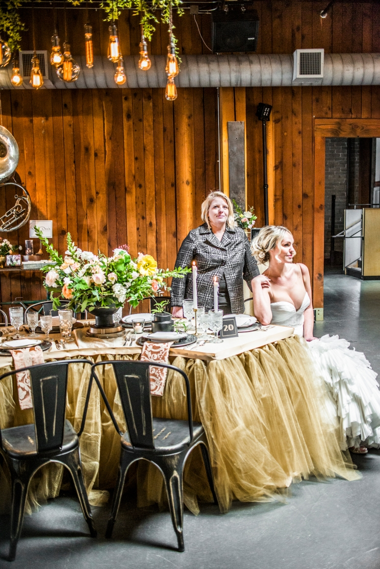 photography_by_jane_speleers_2017_wedding_show_i_do_sodo_within_designed_by_melody_davisdsc_0391