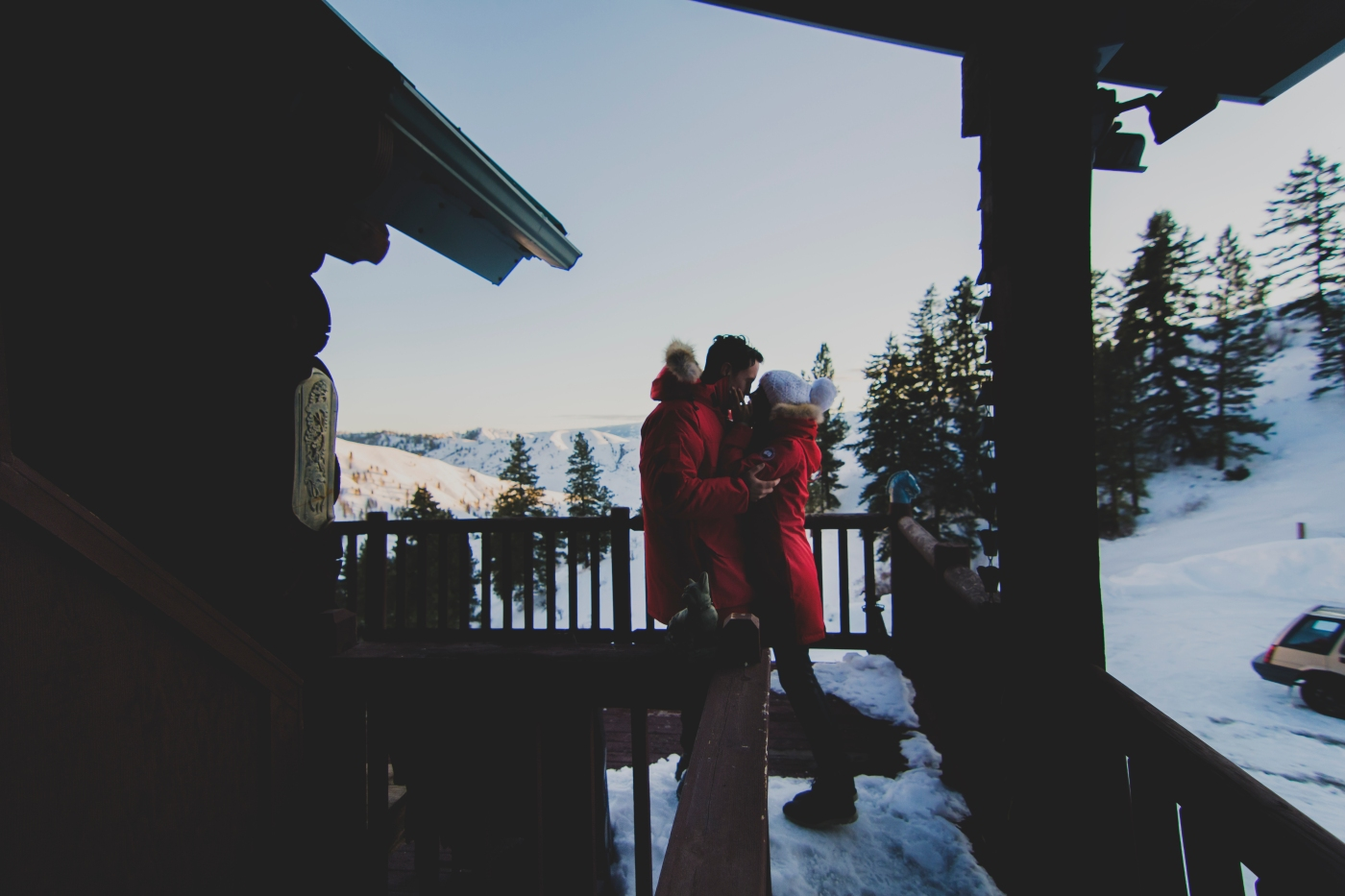 leavenworth_elopement_by_jane_speleers_photography_seattle_photographer_2017_winter_snow_joy_and_jason_rendezvous_ranch_cashmere_leavenworth_nahahum_canyon_all_rights_reservedjs7_0553