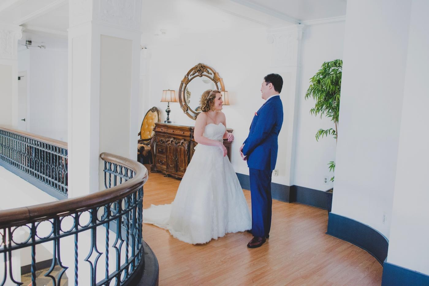 DSC_2044Everett_Wedding_Ballroom_Jane_Speleers_photography_Rachel_and_Edmund_First_look_2017