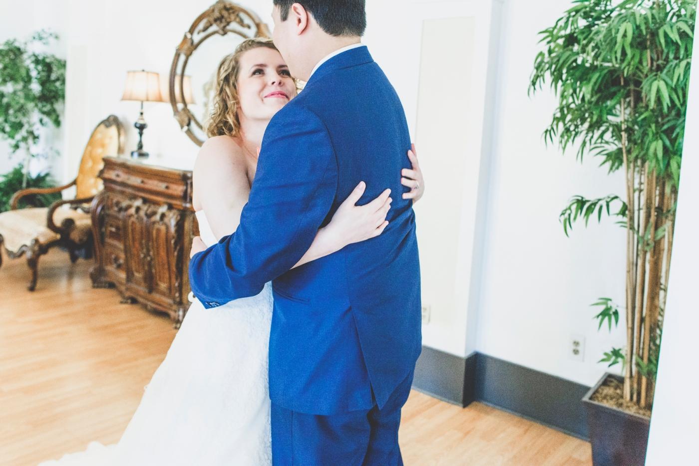 DSC_2049Everett_Wedding_Ballroom_Jane_Speleers_photography_Rachel_and_Edmund_First_look_2017