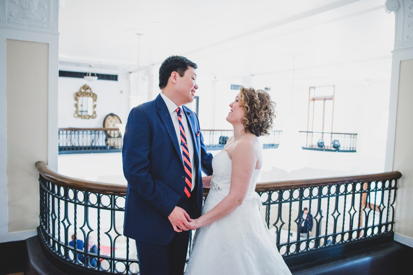 DSC_2075Everett_Wedding_Ballroom_Jane_Speleers_photography_Rachel_and_Edmund_First_look_2017