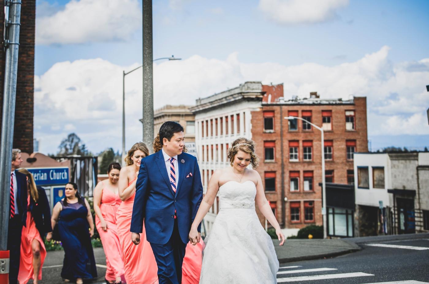 DSC_2228Everett_Wedding_Ballroom_Jane_Speleers_photography_Rachel_and_Edmund_Bridesmaids_peach_dresses_groomsmen_2017