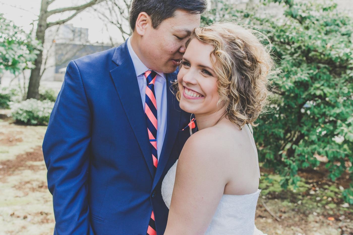 DSC_2331Everett_Wedding_Ballroom_Jane_Speleers_photography_Rachel_and_Edmund_Bridesmaids_peach_dresses_groomsmen_2017