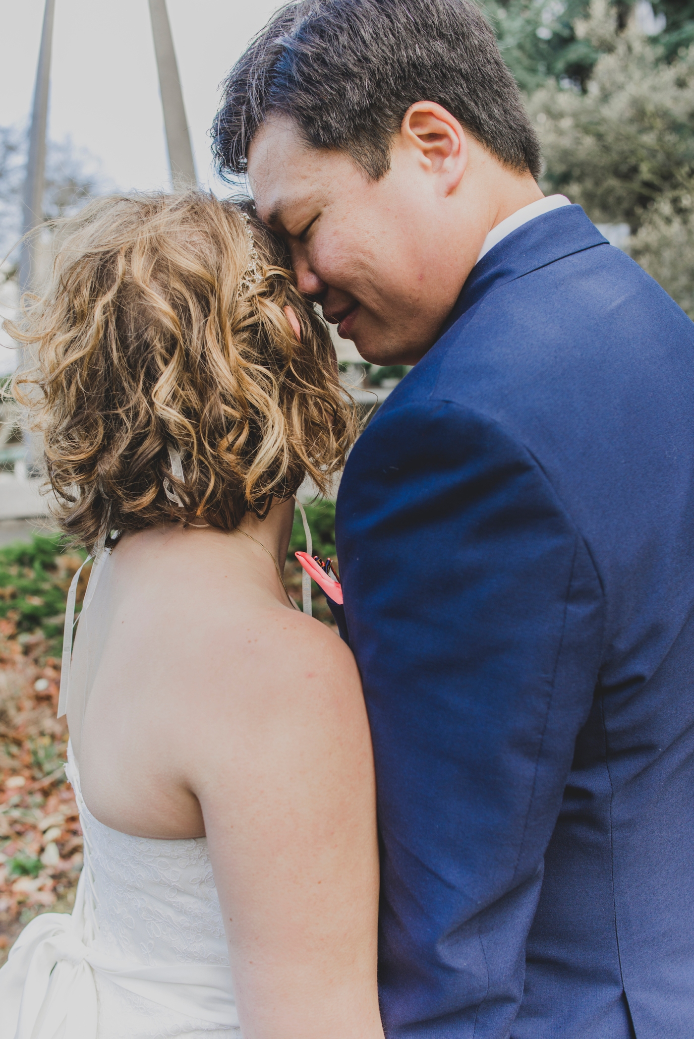 DSC_2338Everett_Wedding_Ballroom_Jane_Speleers_photography_Rachel_and_Edmund_Bridesmaids_peach_dresses_groomsmen_2017