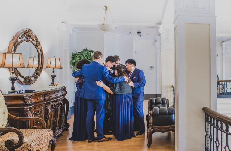 DSC_2401Everett_Wedding_Ballroom_Jane_Speleers_photography_Rachel_and_Edmund_Praying_2017