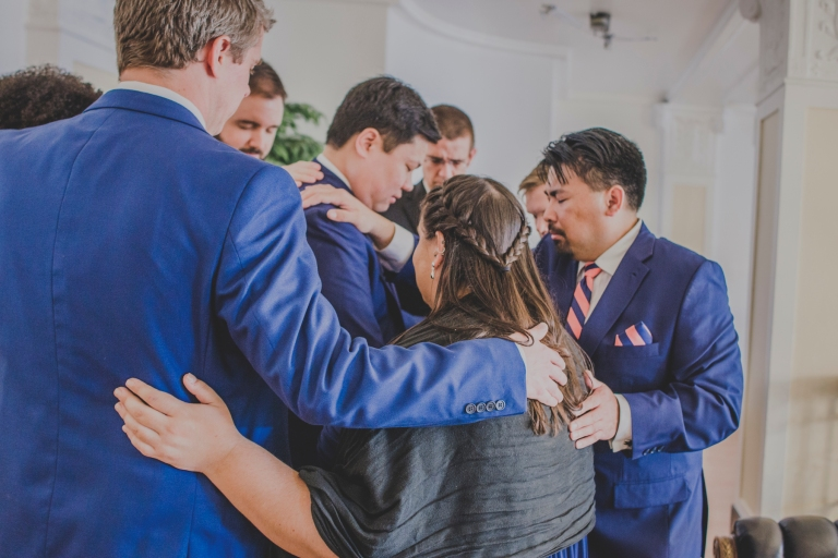 DSC_2405Everett_Wedding_Ballroom_Jane_Speleers_photography_Rachel_and_Edmund_Praying_2017