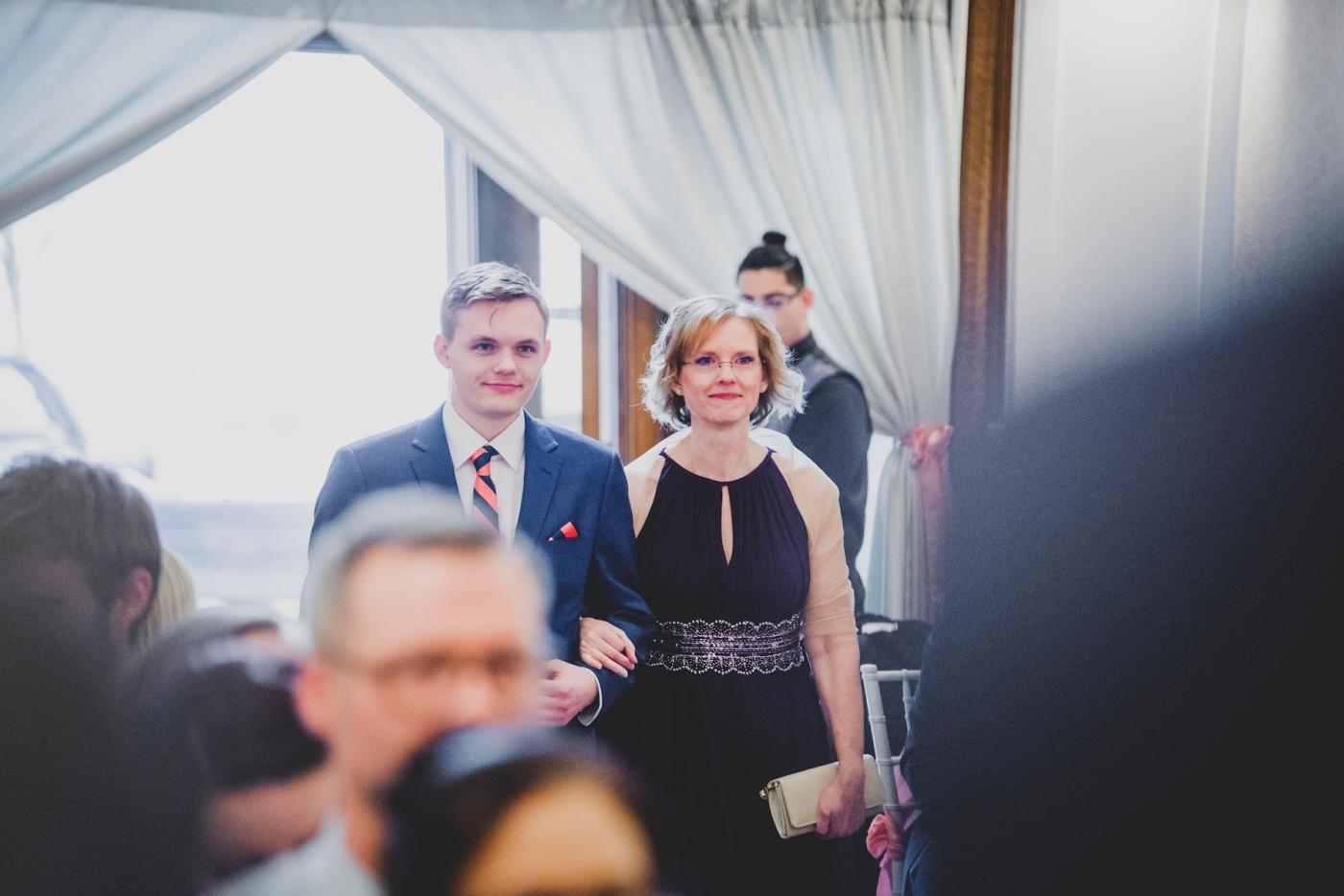 DSC_2527Everett_Wedding_Ballroom_Jane_Speleers_photography_Rachel_and_Edmund_Ceremony_2017