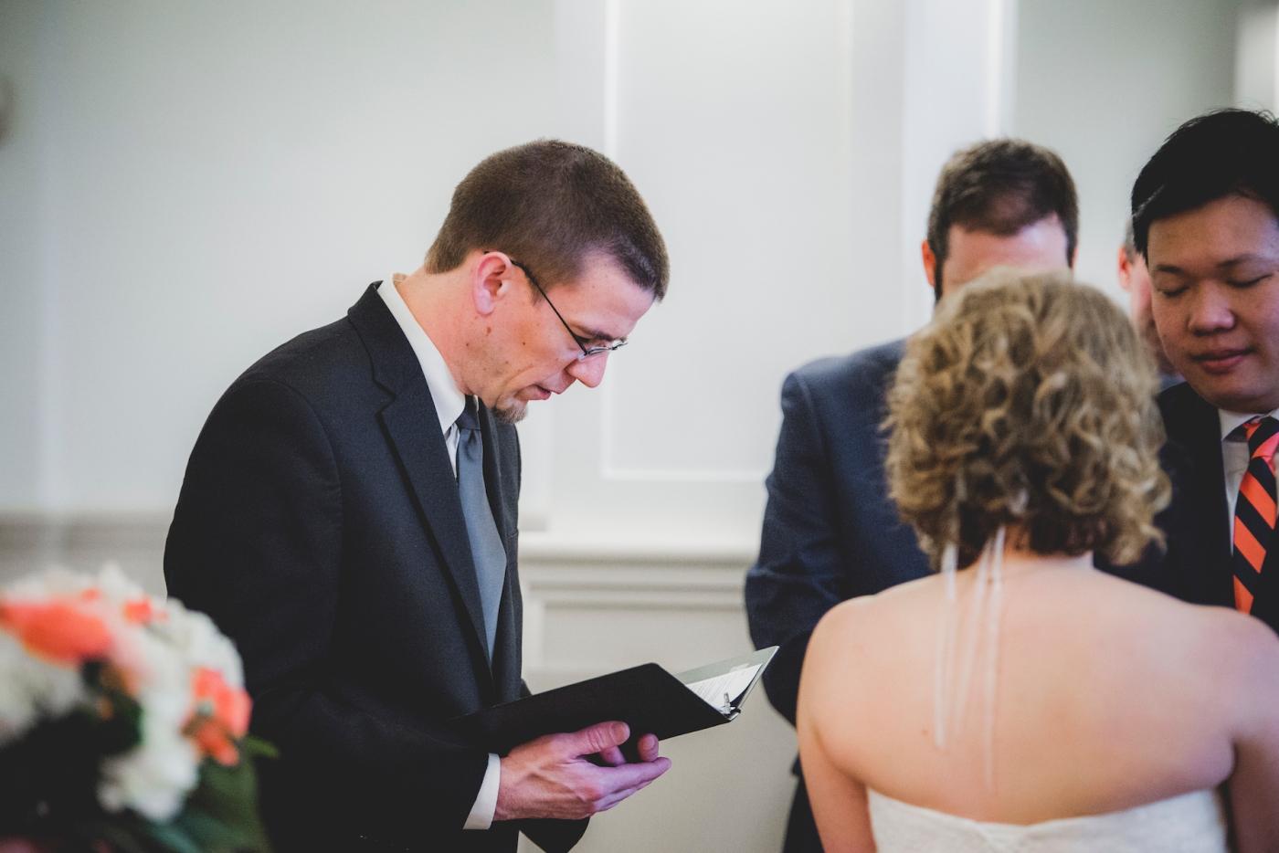DSC_2585Everett_Wedding_Ballroom_Jane_Speleers_photography_Rachel_and_Edmund_Ceremony_2017
