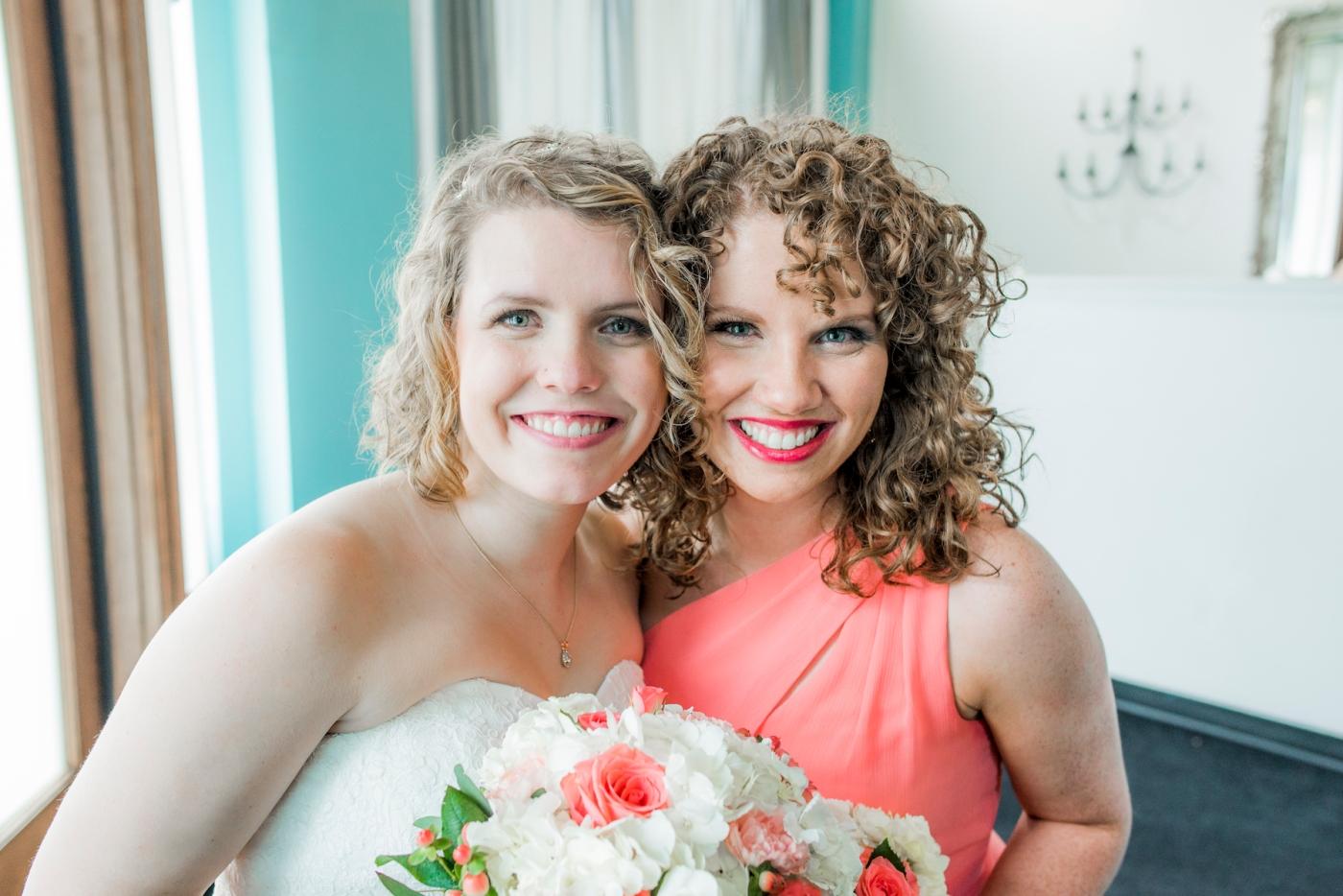 DSC_2841Everett_Wedding_Ballroom_Jane_Speleers_photography_Rachel_and_Edmund_bridesmaids_2017