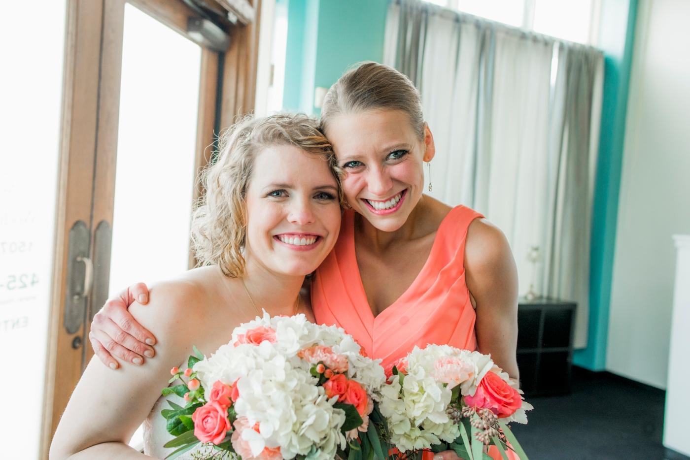 DSC_2862Everett_Wedding_Ballroom_Jane_Speleers_photography_Rachel_and_Edmund_bridesmaids_2017