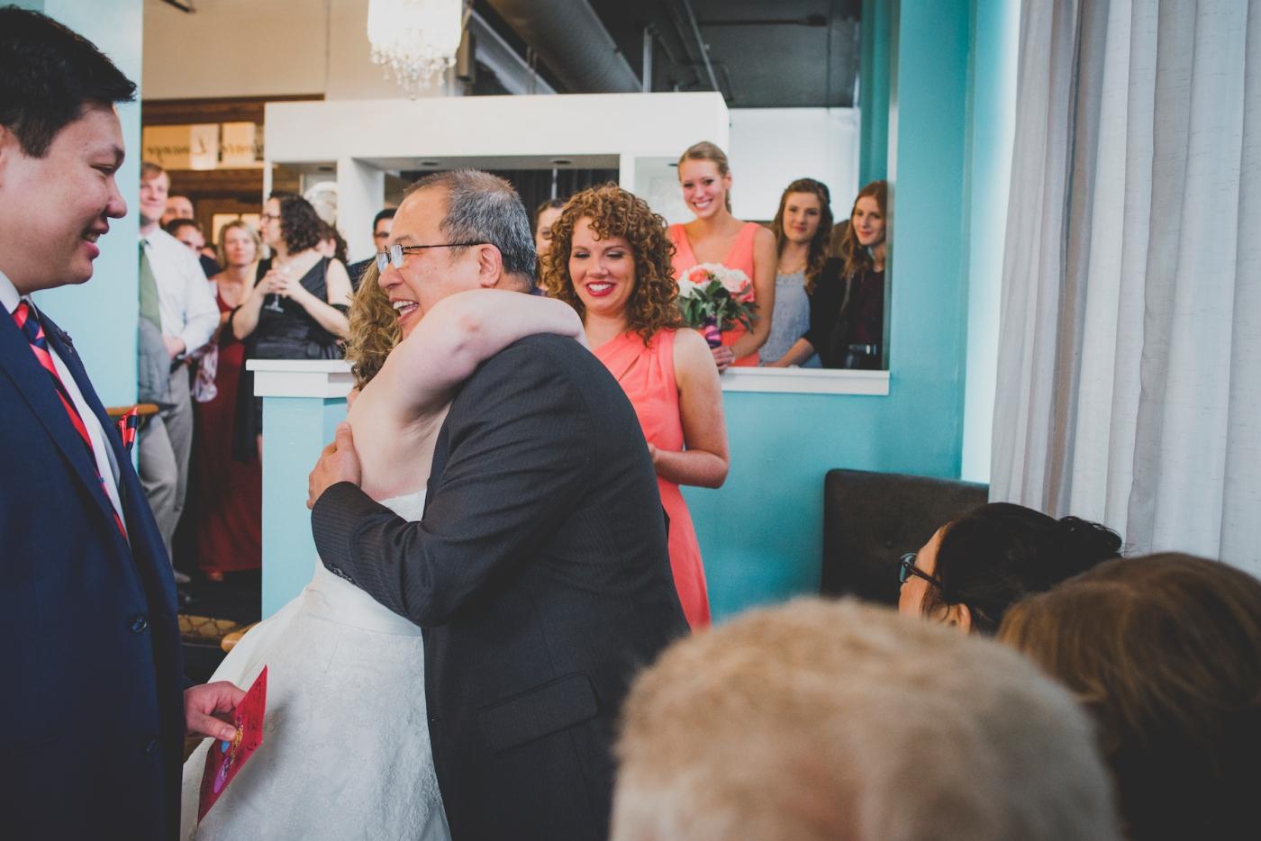 DSC_2985Everett_Wedding_Ballroom_Jane_Speleers_photography_Rachel_and_Edmund_teaceremony_2017