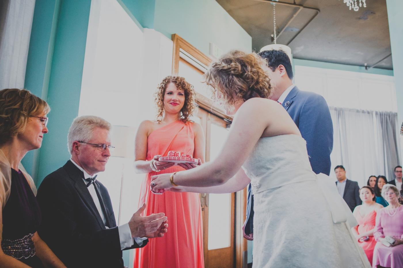 DSC_2992Everett_Wedding_Ballroom_Jane_Speleers_photography_Rachel_and_Edmund_teaceremony_2017